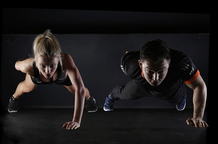 couple-push-up
